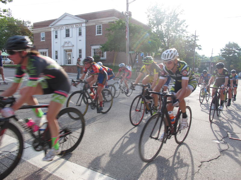 This year the Exeter Classic offered a pro women's race with equal prize money as men.