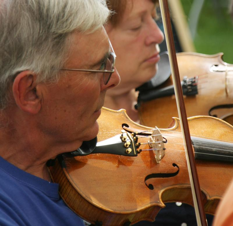 Members of the Fireside Fiddlers