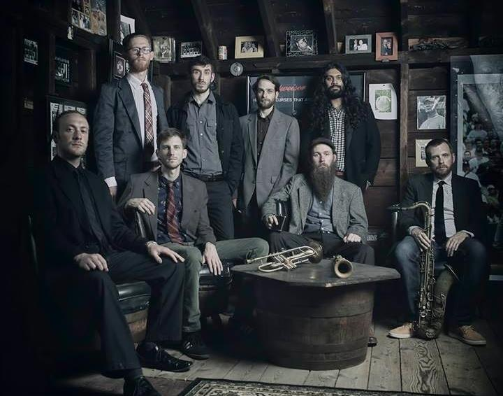 Soggy Po Boys, left to right standing: Zach Lange, Eric Klaxton, Colin Mainella,Stu Dias. Left to right sitting: Claude Fried, Brett Gallo, Mike Effenberger, Nick Mainella