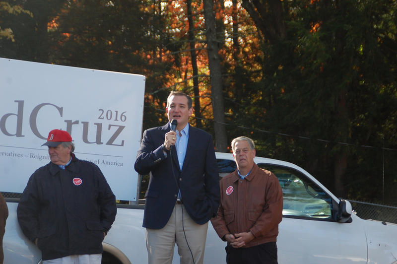 Texas US Senator Ted Cruz speaks to supporters ahead of the 603 Alliance caucus in Hopkinton, October 17, 2015.