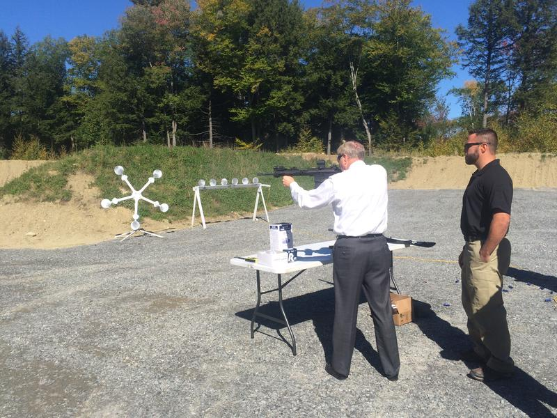 Lindsey Graham tests out a RK-15 while at Samson, in Keene.