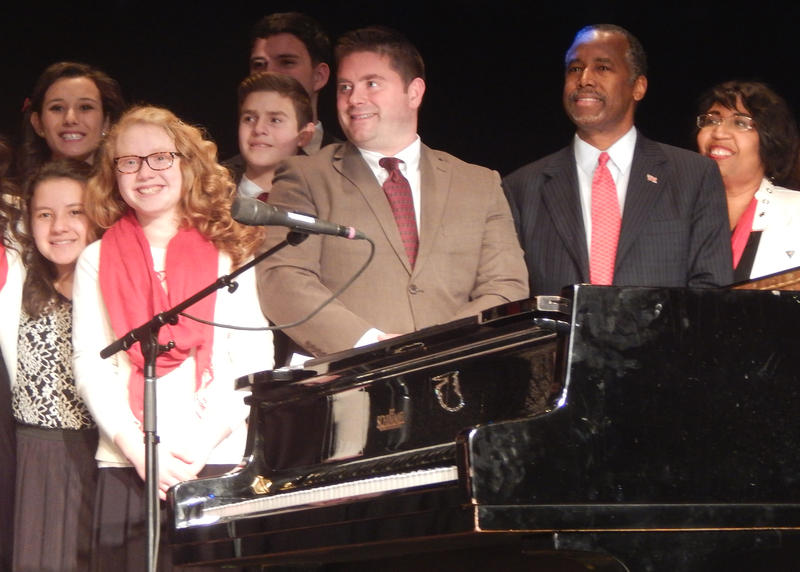 To finish off a campaign visit to N.H., Ben Carson and his wife Candy hosted a Christmas concert on Monday, Dec. 21, 2015 in Concord.
