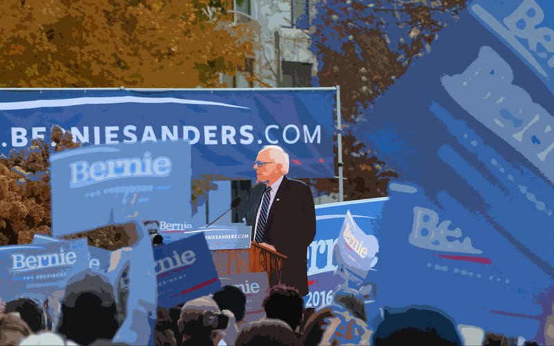Sanders holds a rally outside the NH Statehouse
