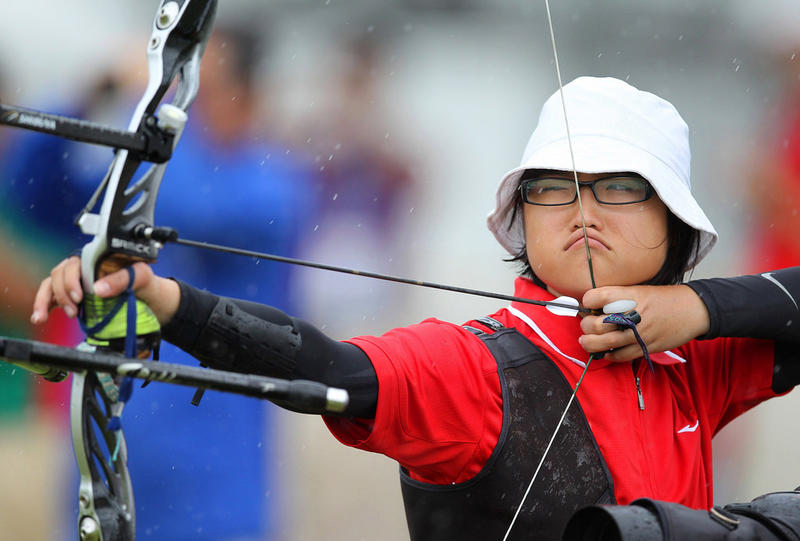 Singapore's Loh Tze Rong Vanessa loses to Turkey's Elif Begunhan Unsal in the archery Junior Womens' Individual elimination round of the Singapore 2010 Youth Olympic Games (YOG) played at the Kallang Field in Singapore, Aug 18 2010.