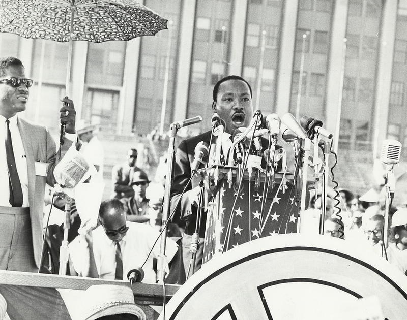 Martin Luther King, Jr. speaking in Chicago