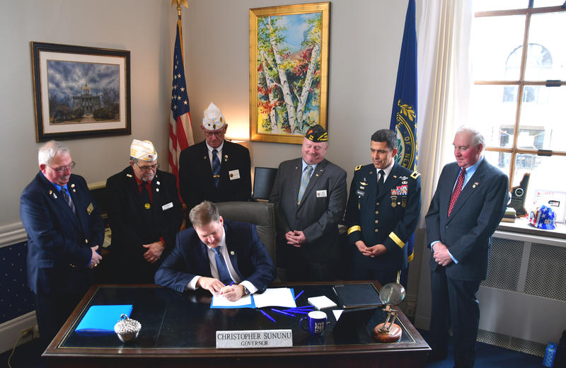 Gov. Sununu signs an executive order aimed at streamlining services for New Hampshire's veterans.