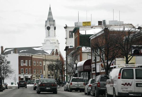 The city of Rochester has been a reliable bellwether for the statewide result in recent elections. But as voters across the country have tended to clump in like-minded towns in recent years, New Hampshire has retained its geographic partisan balance.