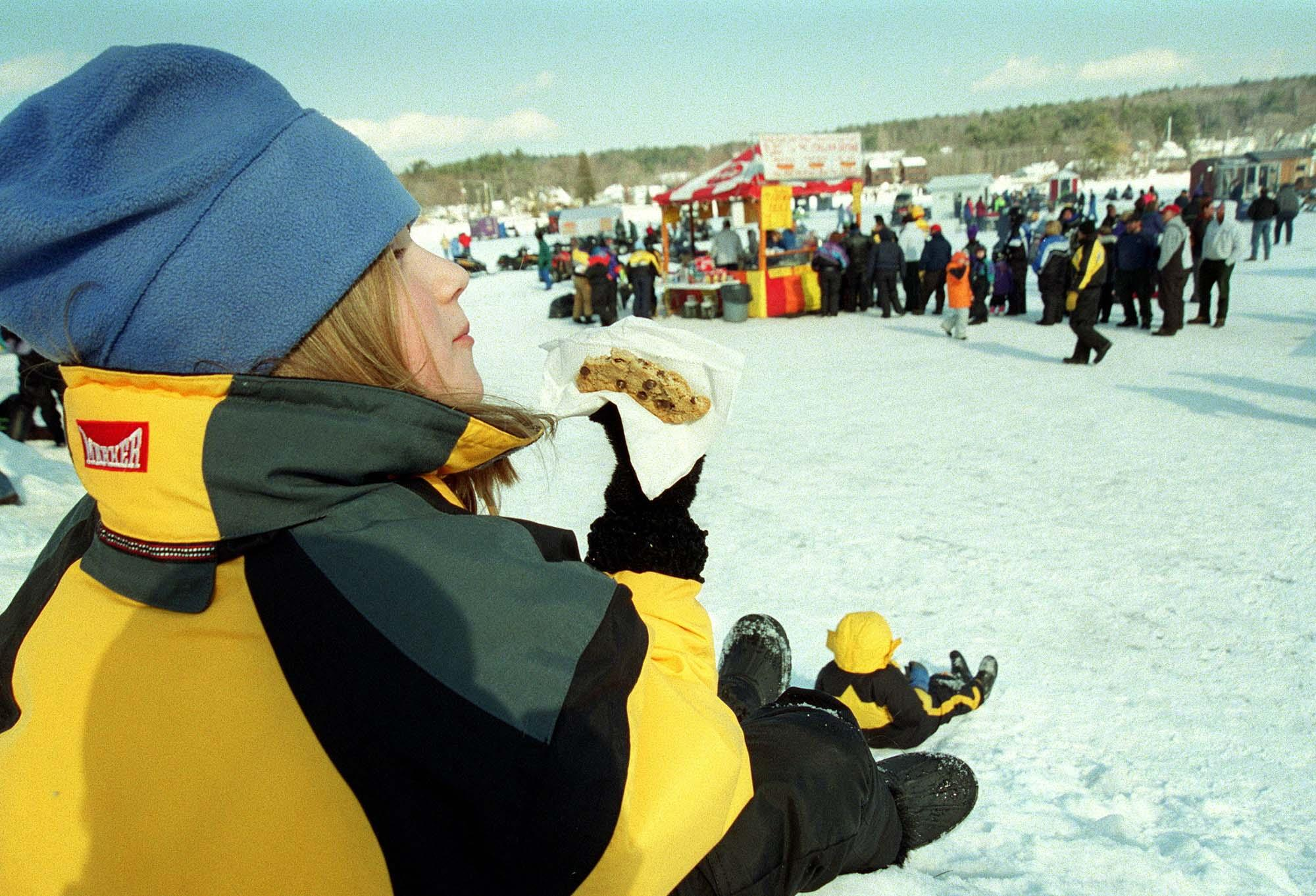 Ice fishing derby set to lure thousands to lakes region for Plenty of fish nh