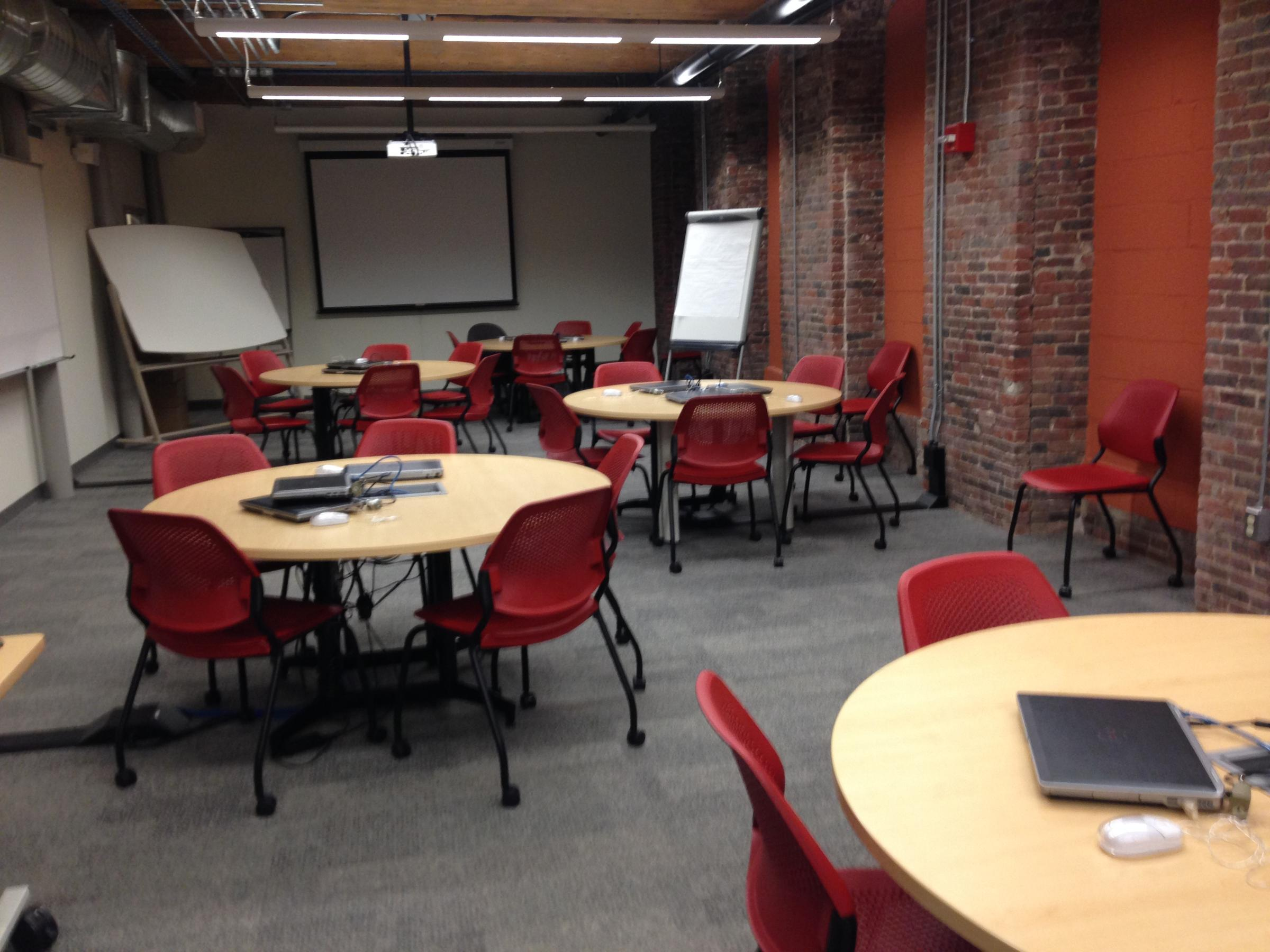 Unh Manchester Rethinks Classroom Design Ahead Of Move