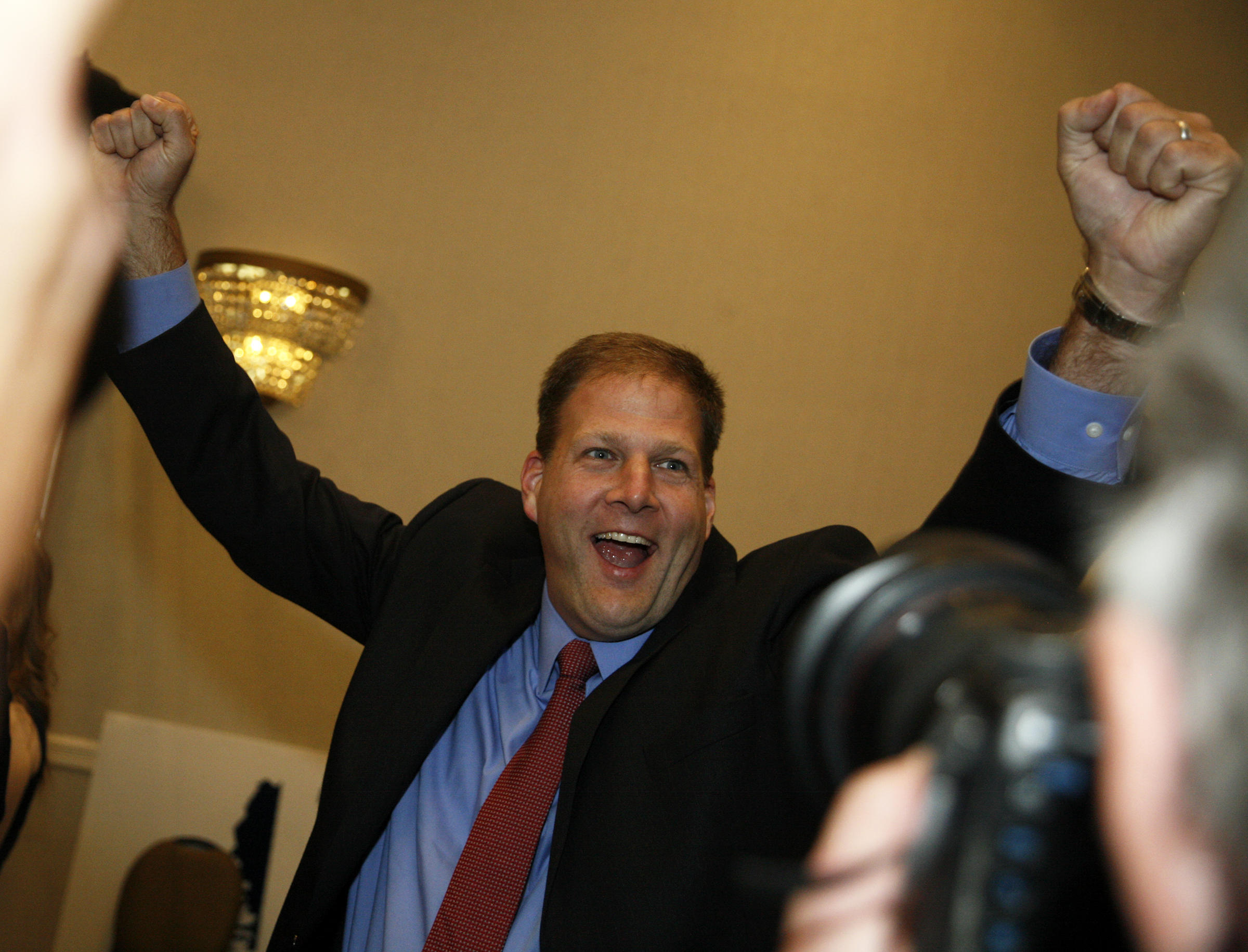 Sununu vs. Van Ostern: From governor's council to office