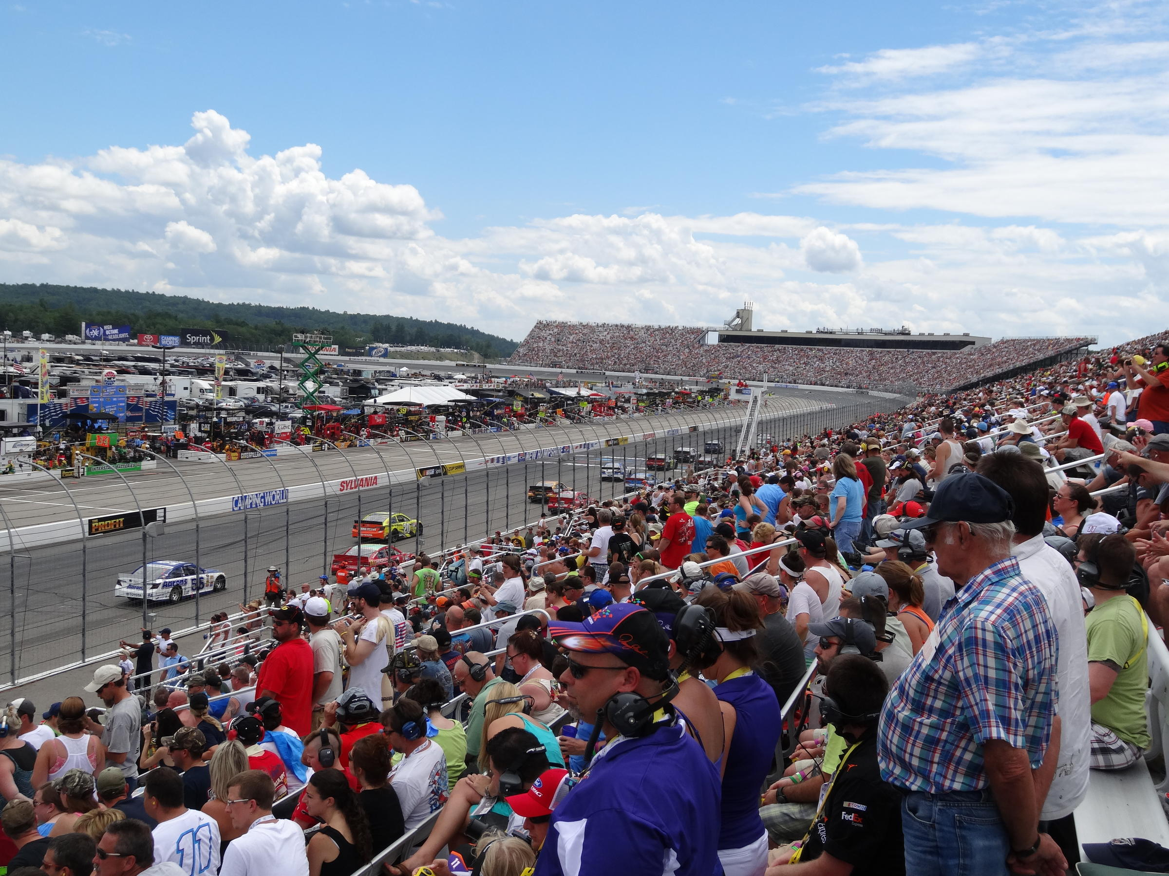N H Motor Speedway Loses One Of Its Nascar Race Weekends