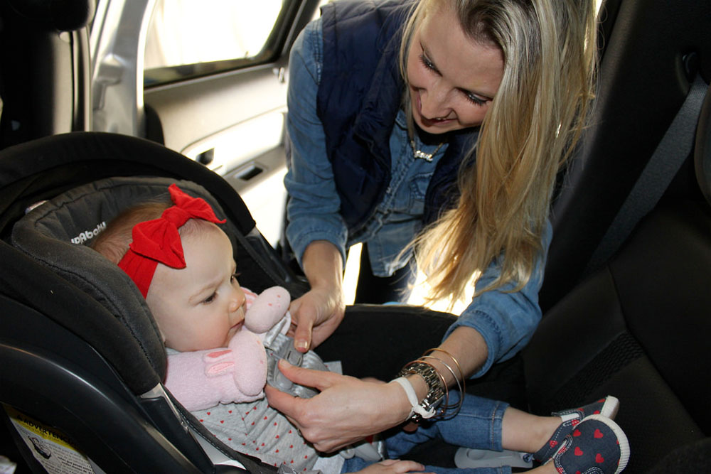 Rear-facing Until Two? Oregon Lawmakers Consider Change To Car Seat