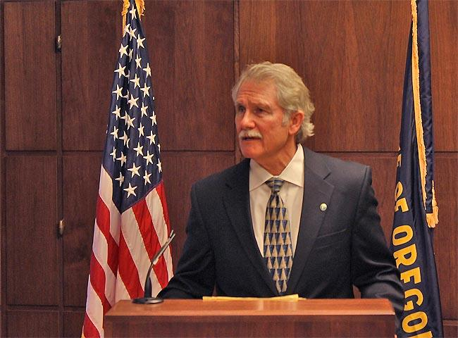 Oregon Governor John Kitzhaber speaks at the state capitol in Salem.
