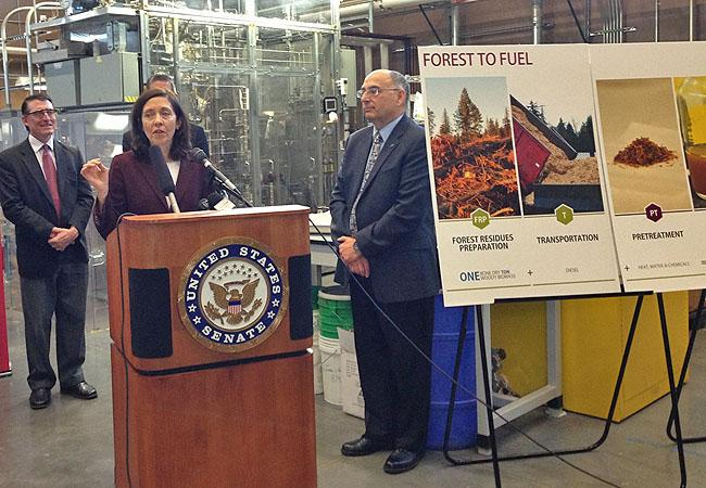 Sen Maria Cantwell (D-Washington) announced a new research center focused on jet biofiels at Washington State University.