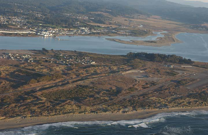 This area of the low-lying peninsula in front of Eureka, California, is the proposed location of a tsunami evacuation berm. Residents of the adjacent Fairhaven neighborhood may have as little as 10 minutes to get to high ground.