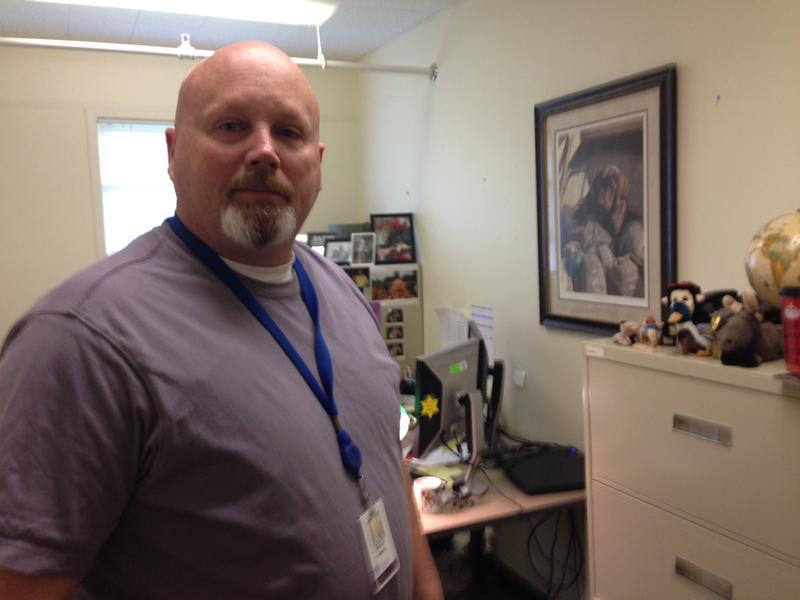 Mike Stamp is one of six Washington DSHS social workers assigned to locate foster youth who run away
