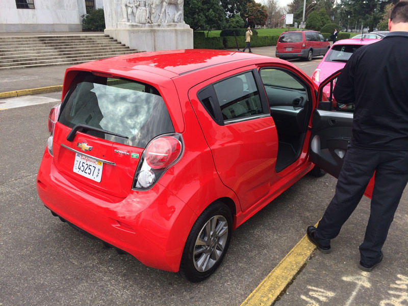 Electric vehicle manufacturers had a show-and-tell in front of the Oregon capitol building Wednesday.