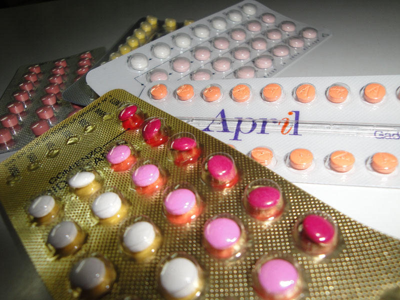 A proposal in the Oregon House would allow would let pharmacists dispense oral contraceptives and contraceptive patches without prior approval by a doctor.