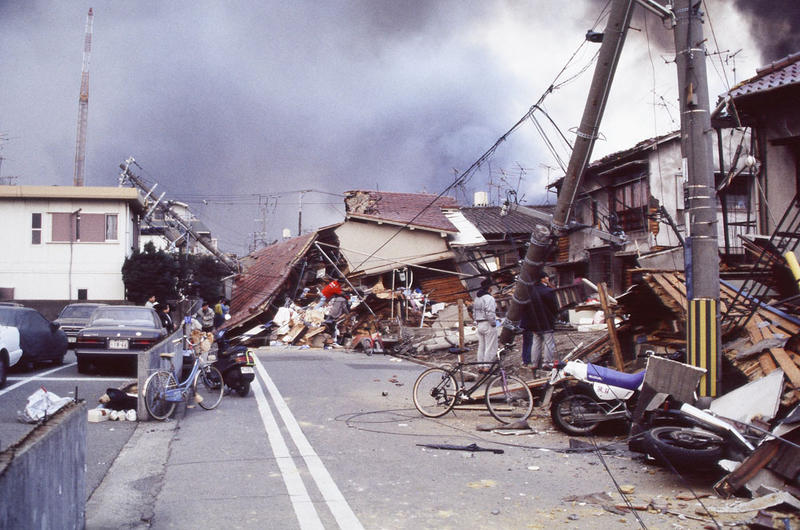 The 1995 Kobe earthquake, aka Great Hanjin-Awaji Earthquake, caused massive damage. Then the damage was compounded by uncontrolled fires.