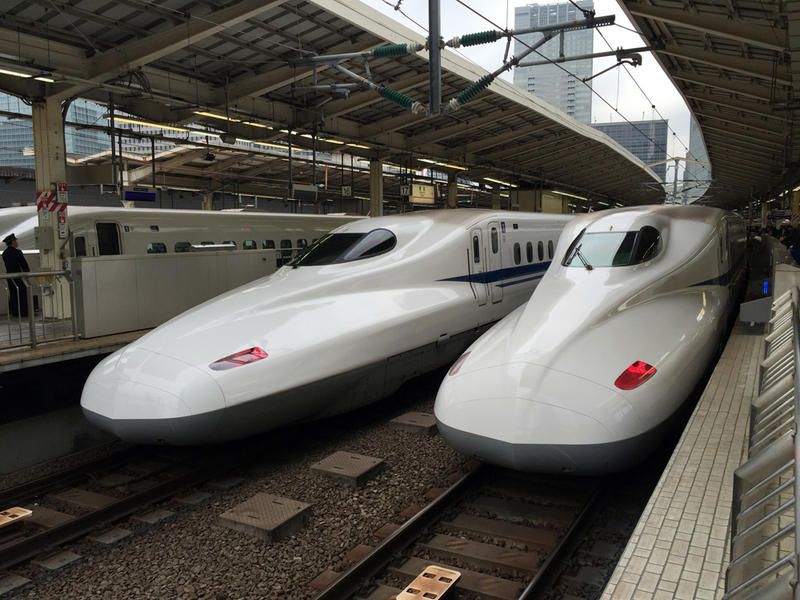 Rail envy? A feasibility study launched this month by WSDOT will analyze what it would take for Cascadia to get bullet trains like these in Japan.