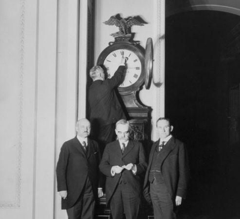 Changing the clock for the first Daylight Saving Time in 1918.