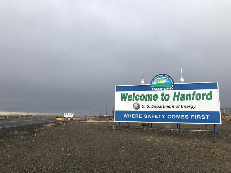 Hanford sign