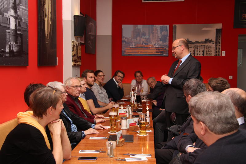 "Fritz Felgentreu, Social Democrat and member of the German Bundestag hosts the ""Fritz & Friends"" Stammtisch in Neukölln."