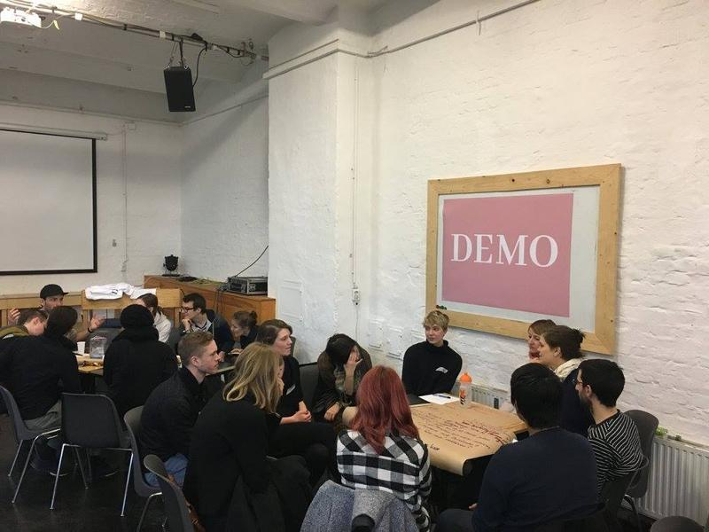 Berlin-based journalist Mareike Nieberding founded DEMO after the US election as an avenue to promote nonpartisan politcal discussion amongst voters under the age of 30. DEMO has over 4,000 Facebook members.