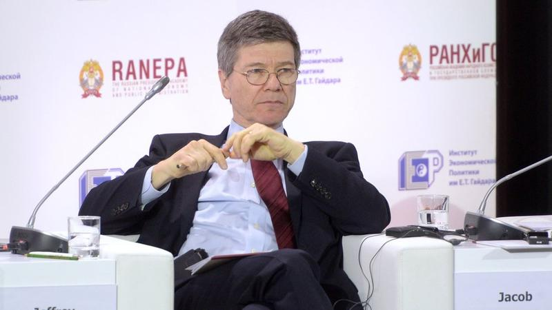 The American economist Jeffrey Sachs on the fifth Gaidar forum in Moscow.