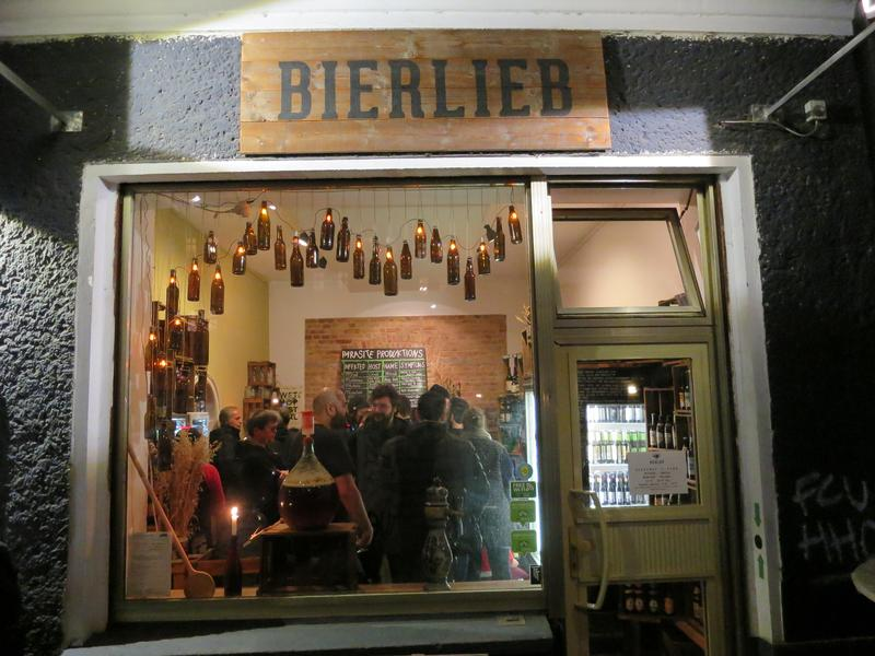The Parasite Produktions beer tasting at Bierlieb in Friedrichsein.