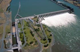A measure filed in Oregon would allow more power from hydroelectric dams to be part of the state's renewable energy requirements.