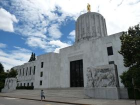 The Oregon House convened Monday morning.