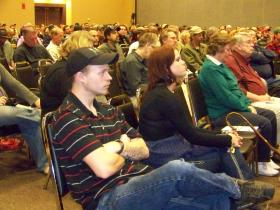 Several hundred people showed up for Washington state's marijuana forum in Yakima Thursday night.