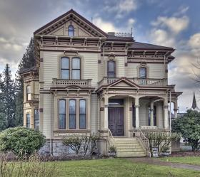 Meeker Mansion in Puyallup