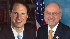Senator Ron Wyden (L) and Representative Doc Hastings (R) have brought Northwest natural resource issues to the national stage.