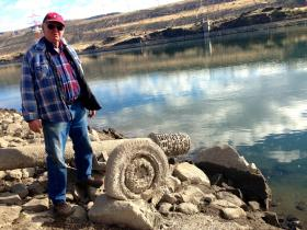 Frosty Hansen, 74, of near Wenatchee, says he's going to help his neighbors irrigate their fruit trees, since many of their pipes don't reach the Columbia River.  The Wanapum pool has been lowered about 25 feet to relieve pressure on the cracked dam.
