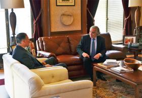 Washington Gov. Jay Inslee met with Department of Energy Secretary Ernest Moniz on Monday.
