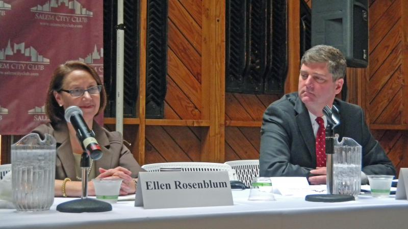 Ellen Rosenblum and Dwight Holton took part in a debate at the Salem City Club.