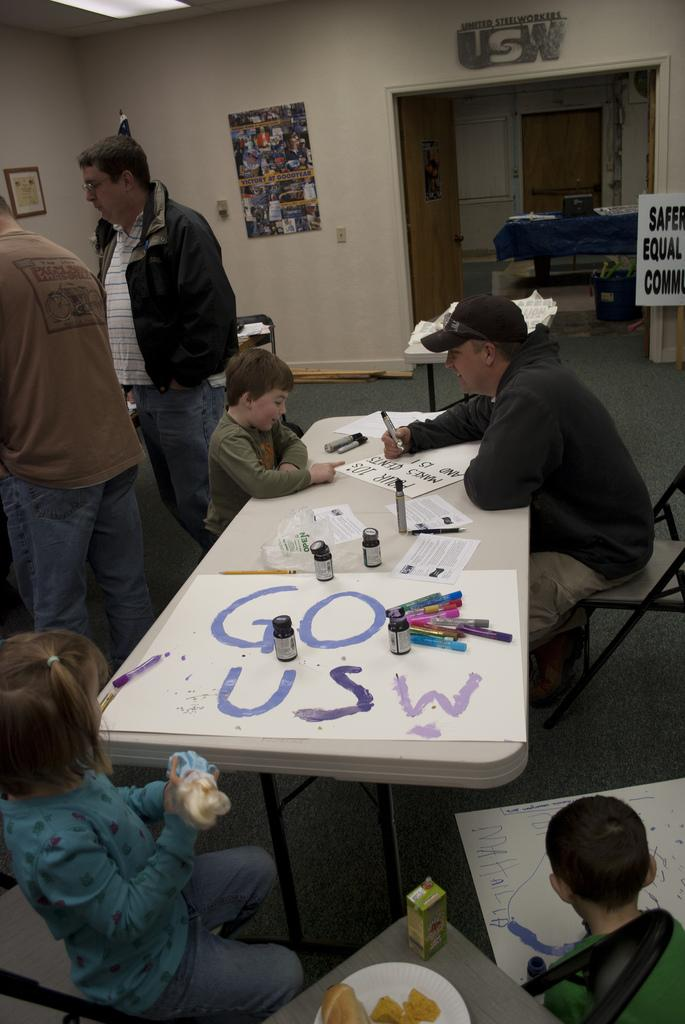 Sign making at a United Steelworkers local in Ferndale, WA.