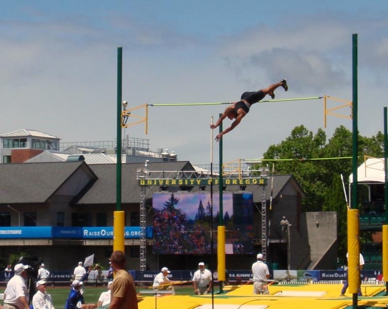 Ashton Eaton set a new personal best in the pole vault on the way to victory.