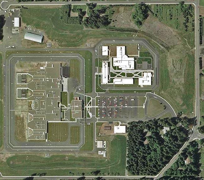 An aerial photo of Coffee Creek Correctional Facility in Wilsonville, Oregon.