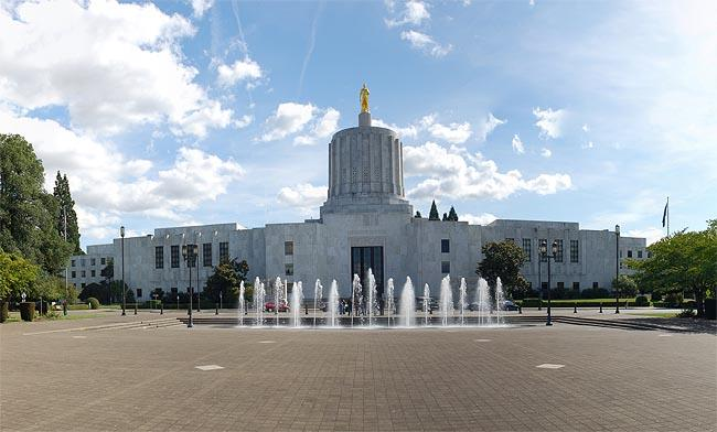 Oregon lawmakers got some good news about the state's revenue outlook on Wednesday.