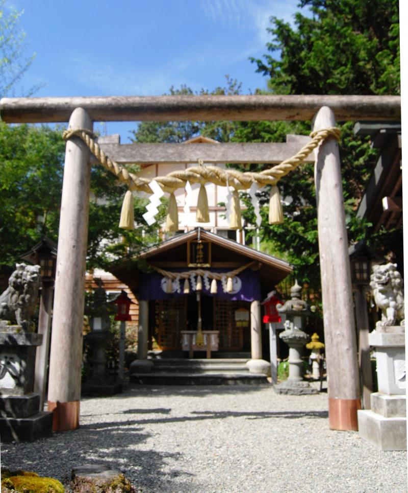 The Tsubaki Grand Shrine of America is the only Shinto shrine on the U.S. mainland. There are seven shrines on the Hawaiian Islands. Tsubaki Grand Shrine of America is located in Granite Falls, Washington.