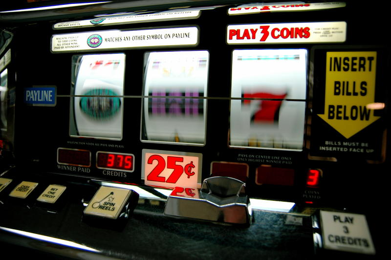 Tribes can own and operate gambling terminals, if they do not have a lever and if they only cash out tickets, not coins.
