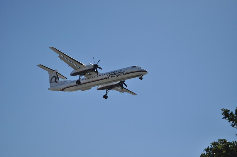 A Horizon Air Q-400