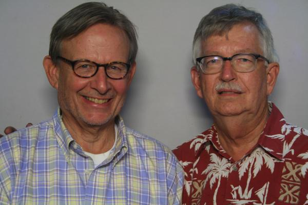 John Baule talking with his friend, Ralph Thompson, about directing the Yakima Valley Museum.