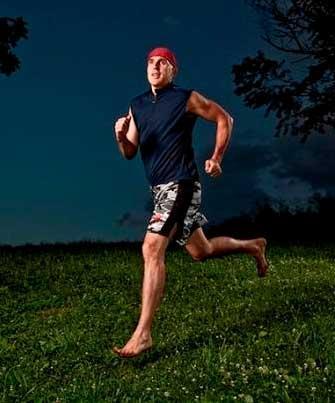 Christopher McDougall running barefoot