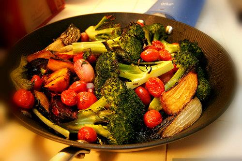 Mark Bittman eats mostly vegetables before 6 p.m.