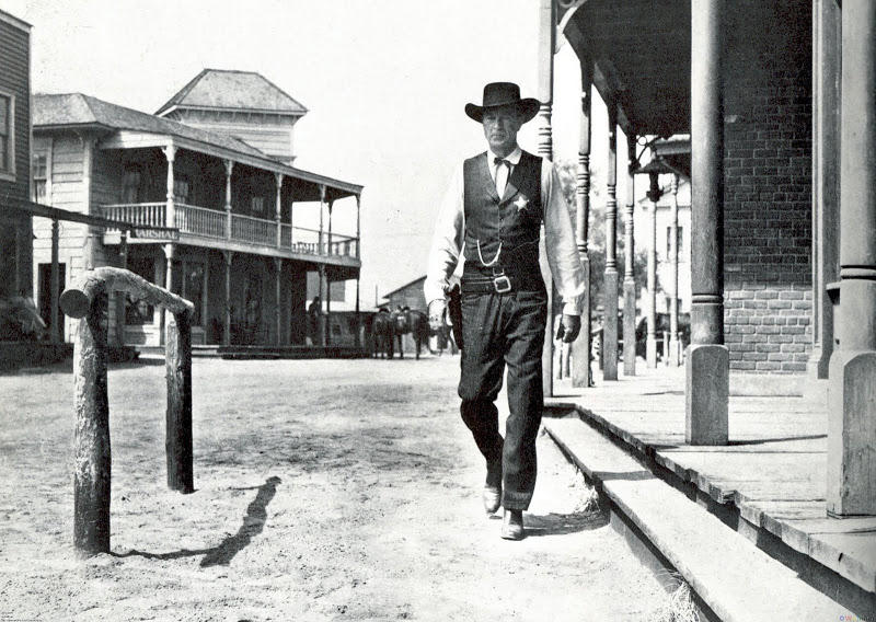 Gary Cooper as Marshal Will Kane in HIGH NOON