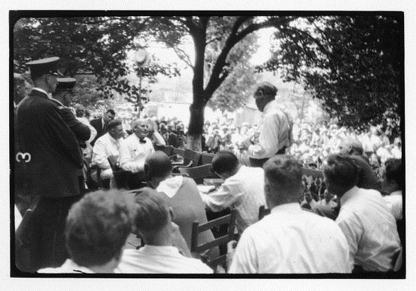 """Tennessee vs. John Scopes """"Monkey Trial"""": Outdoor trial showing William Jennings Bryan and Clarence Darrow, Dayton, Tennessee"""